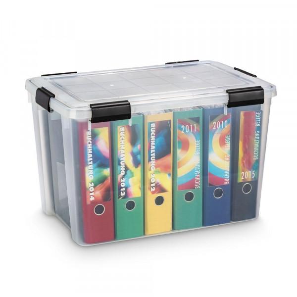 Transparente waserdichte 70 Liter Kunststoffbox mit sechs Ordnern als Inhalt